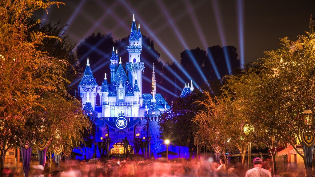 Disneyland fans and cast members gather outside closed park to protest: 'California needs its happy place'
