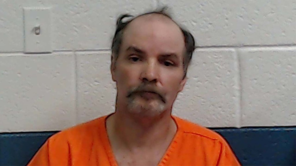 West Virginia man accused of gouging out neighbor's eyes over loud rooster: sheriff