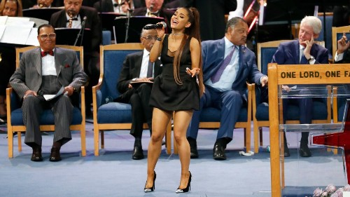 Aretha Franklin funeral's bishop mistakes Ariana Grande's name for 'new something at Taco Bell'