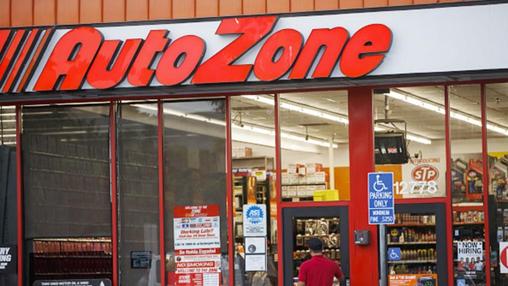 AutoZone driving hiring blitz adding 20K jobs