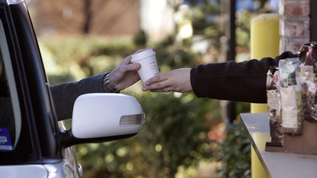 Starbucks offers free coffee to coronavirus health care workers, first responders