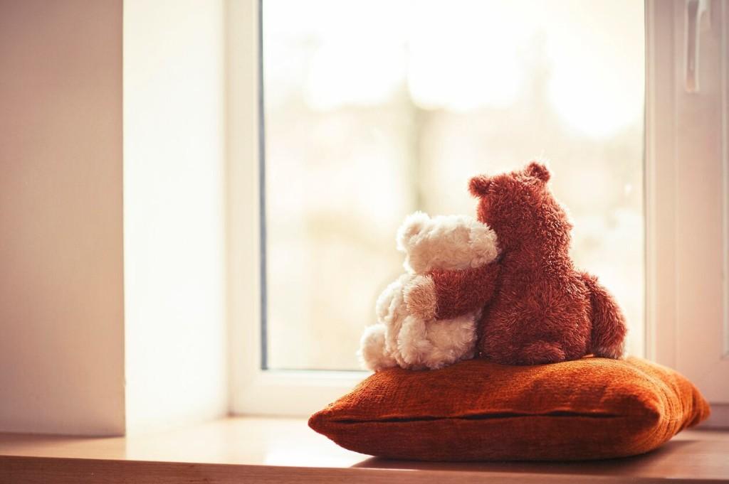 Communities staging 'bear hunts' to entertain kids during coronavirus outbreak