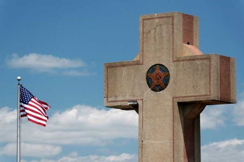 Supreme Court to decide if World War I memorial 'Peace Cross' can stand