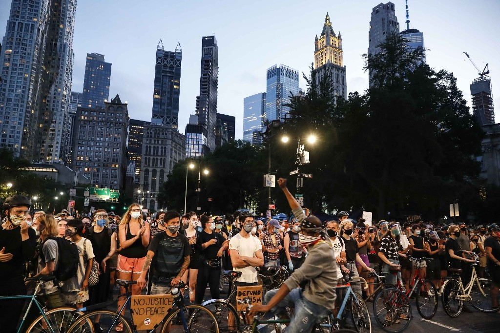 US Protests, COVID-19 Surges & More — Wednesday's Rundown: July 1