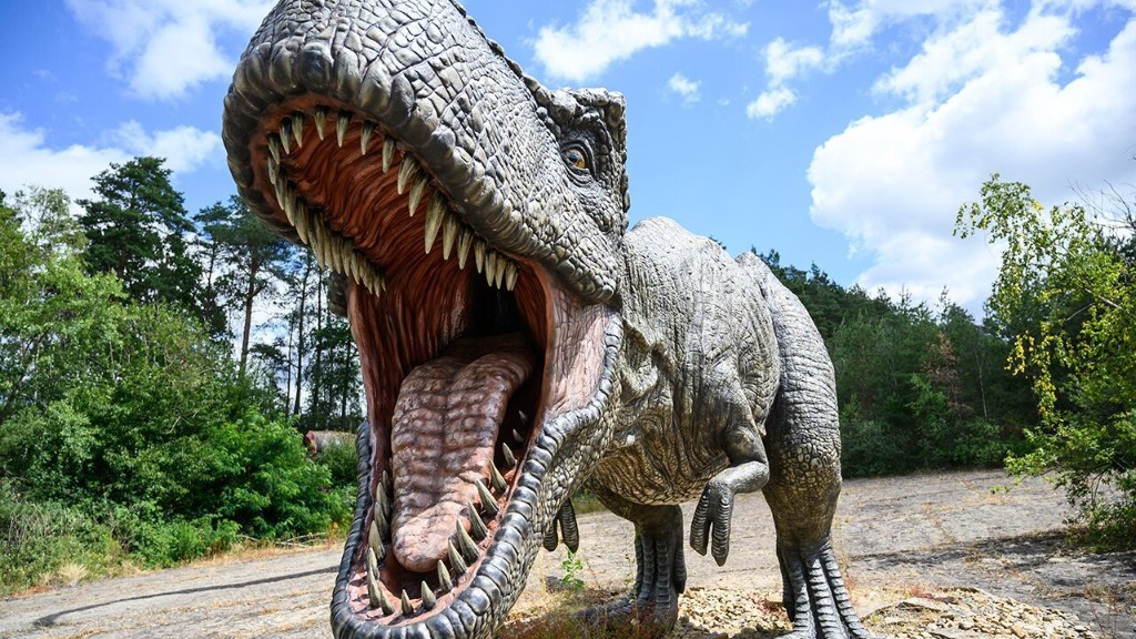10 largest meat-eating dinosaurs