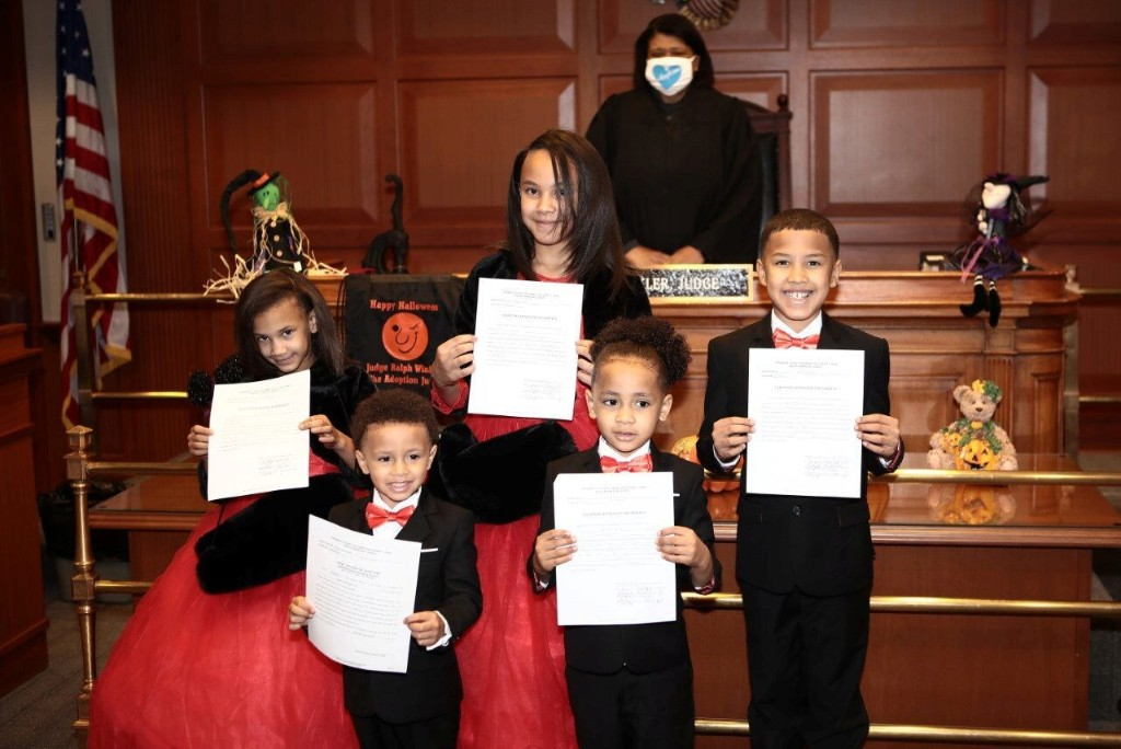 Single Ohio man adopts 5 siblings so they wouldn't be separated