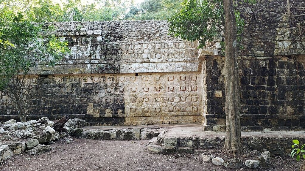 Ancient Mayan palace lost for 1,000 years and used by 'elites' uncovered near Cancun