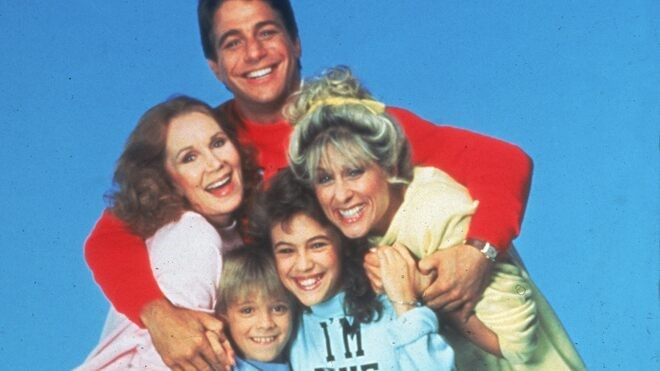 'Who's the Boss' reboot starring Alyssa Milano, Tony Danza in development by Sony