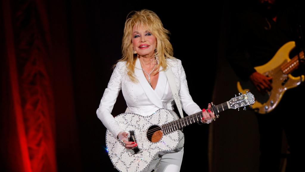 Dolly Parton addresses her big donation that led to a coronavirus vaccine