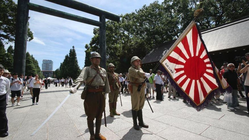 2 Japanese Cabinet ministers visit Yasukuni Shrine, prime minister expected to be a no-show