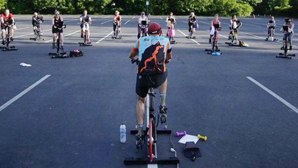 Gym chains impacted by coronavirus closures adapt with outdoor classes