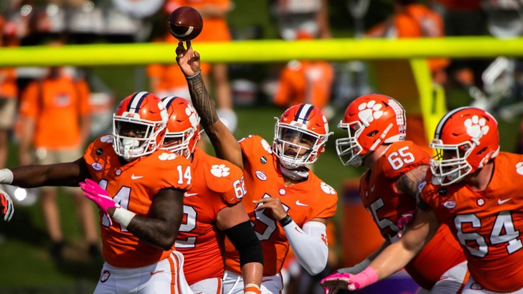 College Football Week 9 preview: No Trevor Lawrence for Clemson, Big Ten rivalries highlight latest slate
