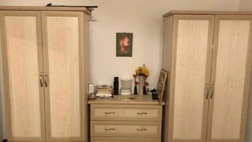 Woman selling furniture online accidentally shares photo of naked breasts