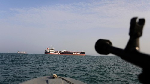 Iran using GPS jammers, pretend to be American warships to trick vessels, US says