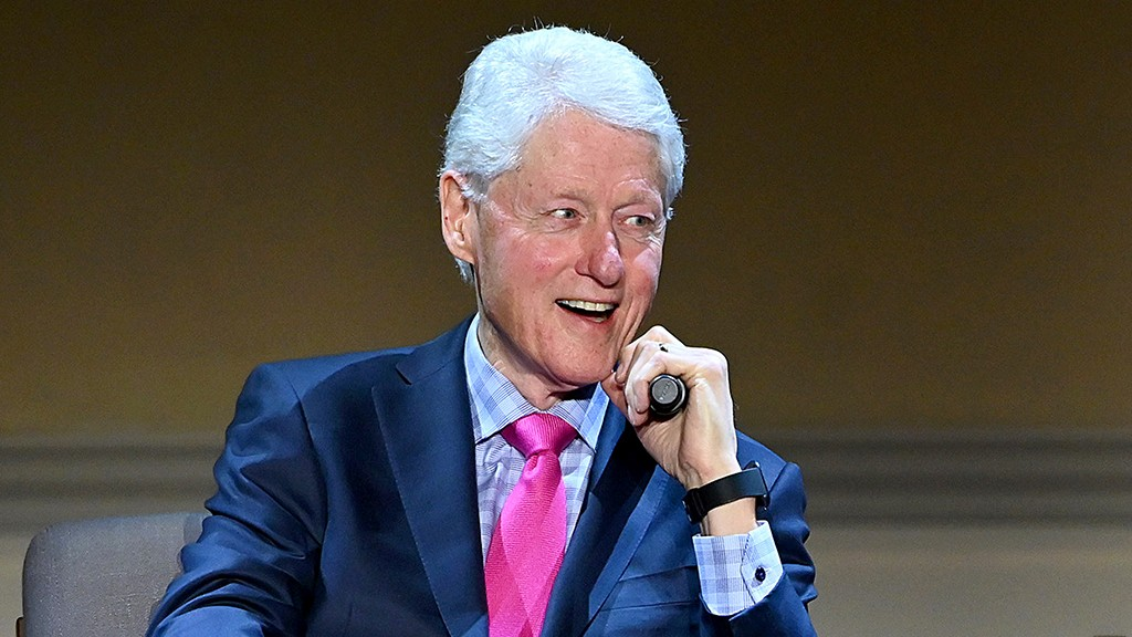 Bill Clinton calls for another round of 'significant' public aid amid coronavirus pandemic