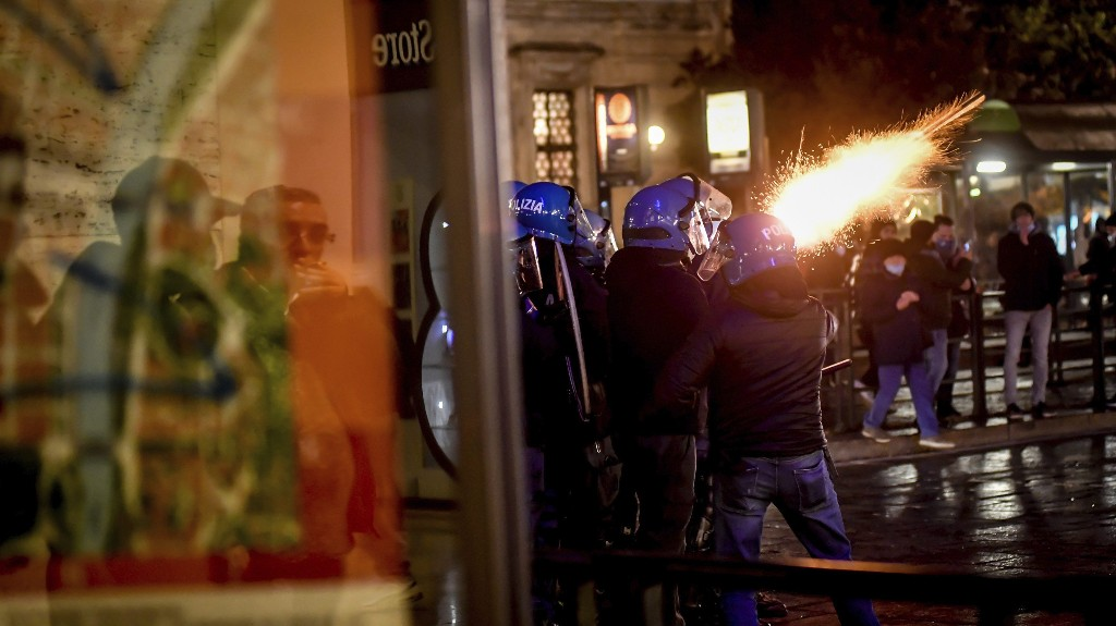 Italy protests over latest coronavirus crackdowns turn violent