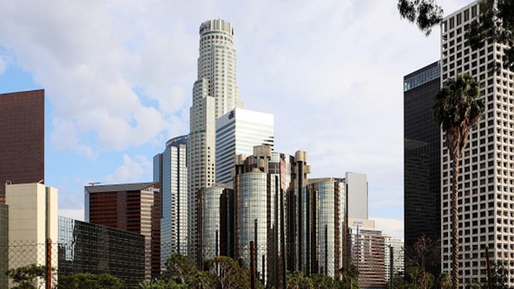 High-tax California proposes raising rates for millionaires