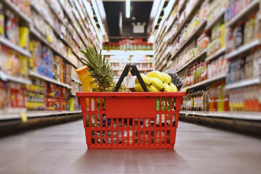 Google Maps reveals best time for grocery shopping, restaurants to avoid crowds