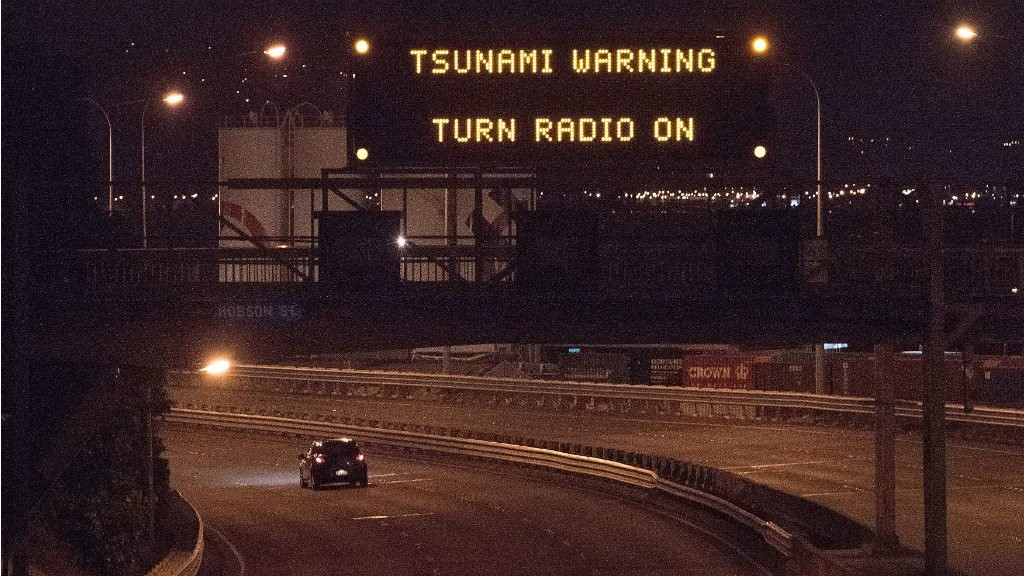 Tsunami strikes New Zealand after huge earthquake