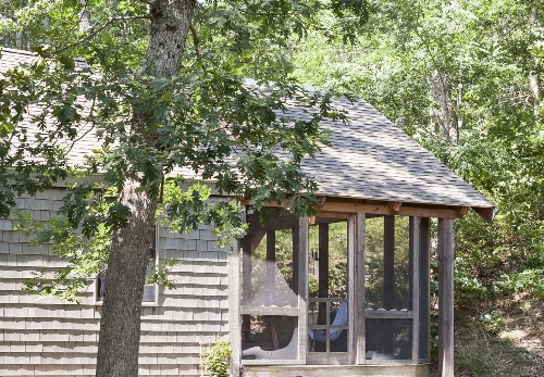 The Summer Living Room: 10 Airy Screened-In Porches
