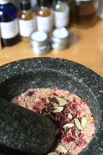 DIY: Rose, Cardamom, and Ginger Body Soak