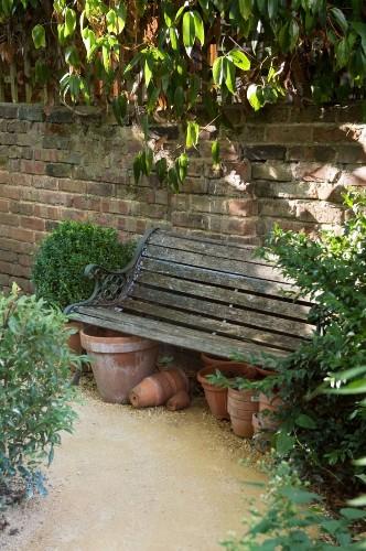 Designer Visit: The Black and Green Garden of Chris Moss