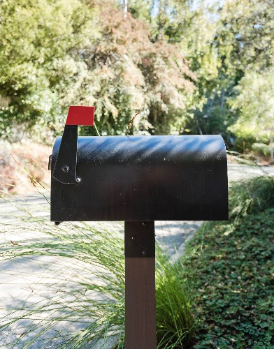 10 Easy Pieces: Indestructible Mailboxes