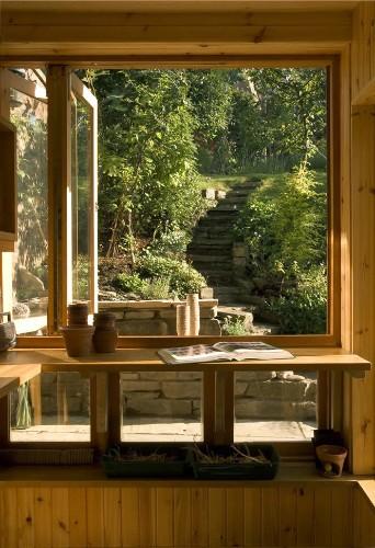 "Architect Visit: A ""Posh"" Potting Shed by Helen Lucas"