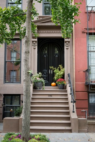 Curb Appeal: 15 Ideas to Steal from Brooklyn for Halloween