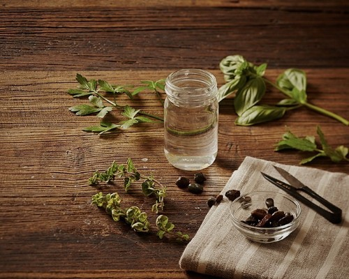 Gardening 101: How to Root Herbs in Water