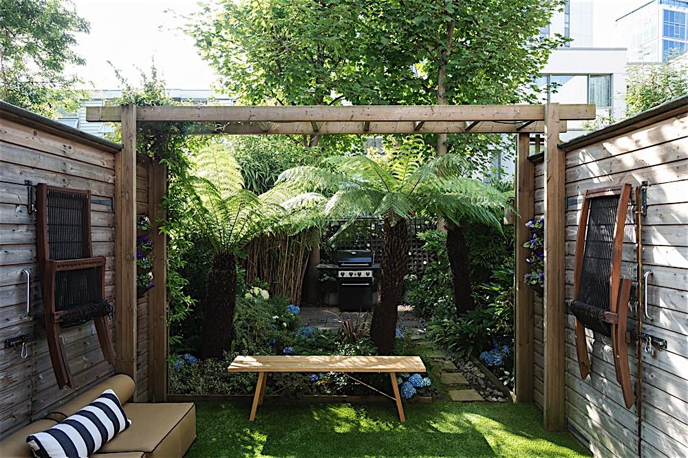Urban Space: Getting My London Garden to Love Me Back - Gardenista