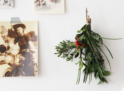 DIY: Holiday Decor for Small Spaces