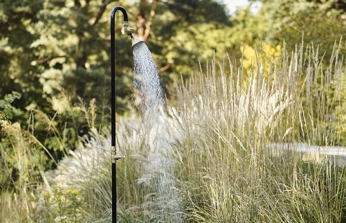 10 Easy Pieces: Pop-Up Outdoor Showers