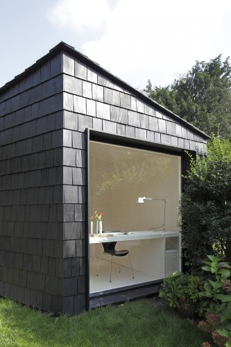 Outbuilding of the Week: A 323-Square-Foot Backyard Guest House (and Storage Shed)