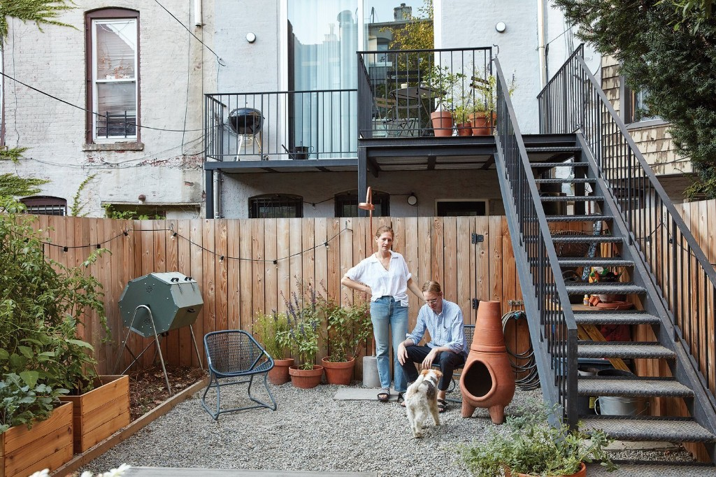 Sustainable Solutions: A Modern Garden for a Historic Townhouse in Brooklyn - Gardenista
