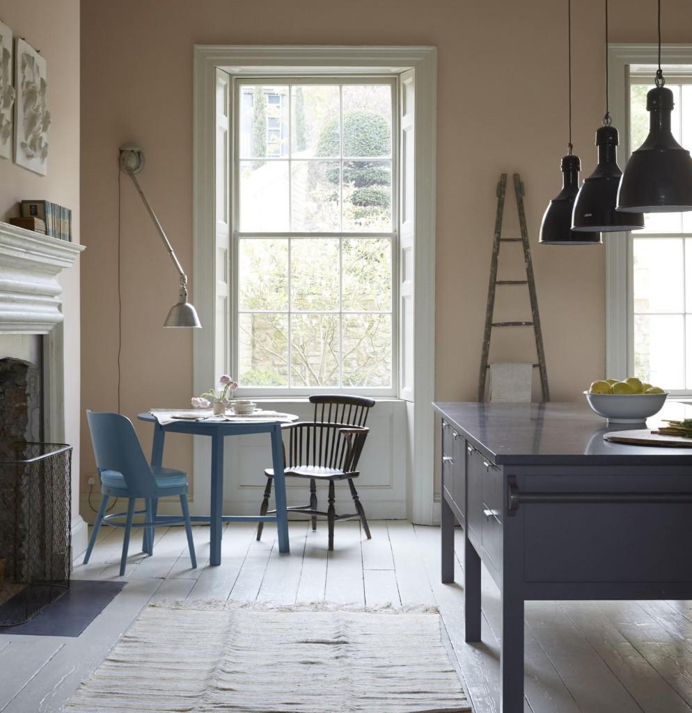 Trending on Remodelista: The Eat-in Kitchen, 4 Ways - Gardenista