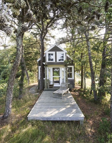 Gardenista Book Sneak Peek: The Architects' Studio on Cape Cod