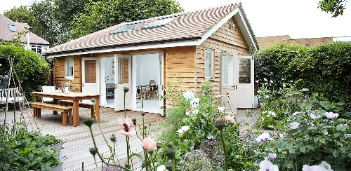 Outbuilding of the Week: A Tiny Summerhouse in South London