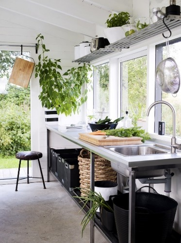 Roundup: 11 Irresistible Garden Sheds and Greenhouses