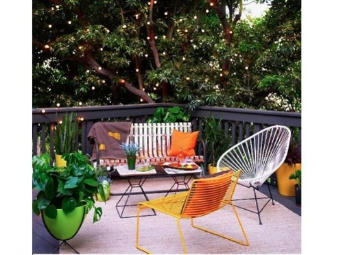 Steal This Look: A Mod LA Patio with Twinkly String Lights