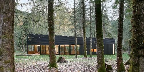 Architect Visit: Near Mount Rainier, A Riverside Cabin in Black