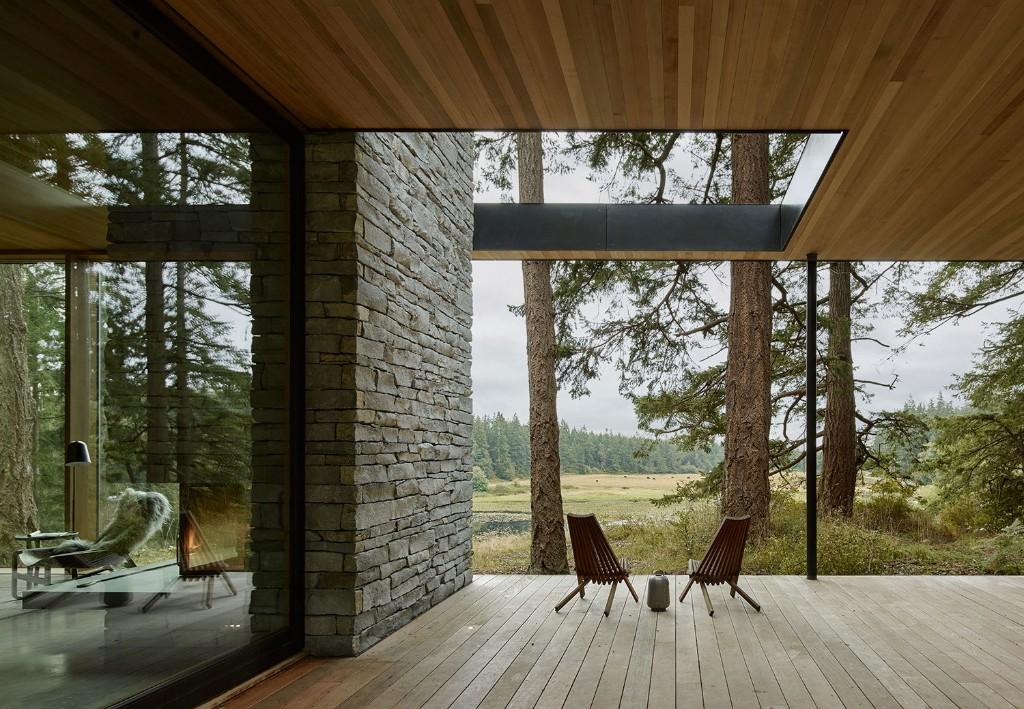 Hardscaping 101: Wood Decks - Gardenista