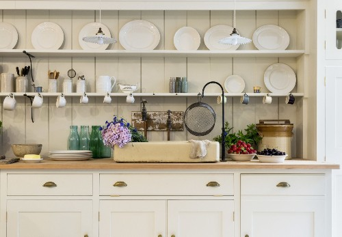 Trending on Remodelista: 5 Design Ideas to Steal from Commercial Kitchens