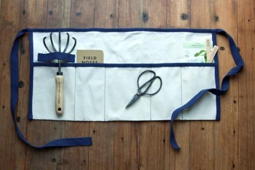 DIY: A Roll-Up Gardener's Tool Apron