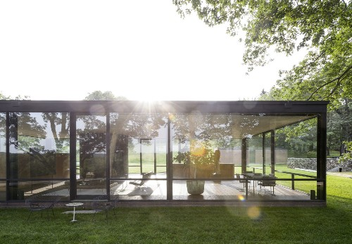 10 Ideas to Steal from Midcentury Modern Gardens
