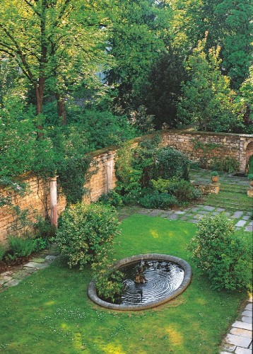 Required Reading: Private Gardens of Paris