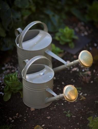 10 Easy Pieces: Garden Watering Cans