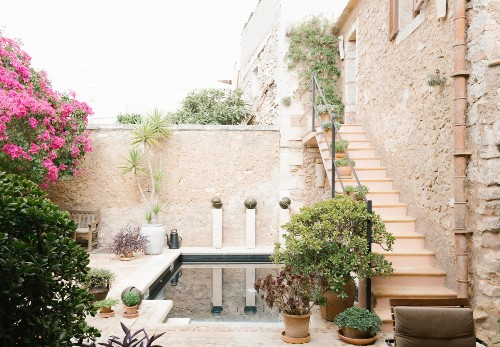 Magic in Mallorca: A Gracious Old-World Garden for a Petite Palazzo