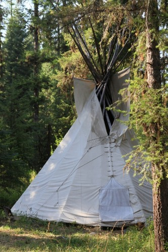 10 Easy Pieces: Canvas Teepee Tents