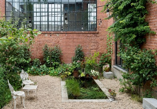 Garden of Eden: The Most Beautiful Spot in Brooklyn Happens to Be in an Industrial Park (Seriously)